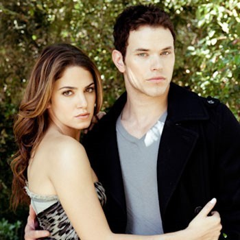 http://images2.fanpop.com/image/photos/8900000/Nikki-Reed-and-Kellan-Lutz-for-Nylon-twilight-series-8903074-350-350.jpg