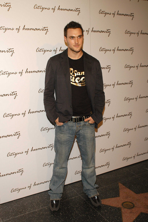 owain yeoman height