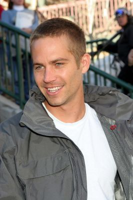 Paul Walker wallpaper possibly with a green beret and fatigues entitled Paul Walker
