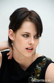 Press Conference Photos(Kristen,Taylor,Dakota, and Rob) - twilight-series photo