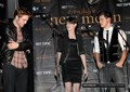 Rob, Kris and taylor at Hot Topic - twilight-series photo