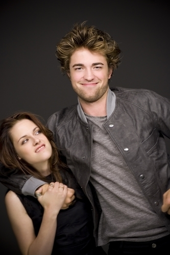 Robert & Kristen funny :))))))))