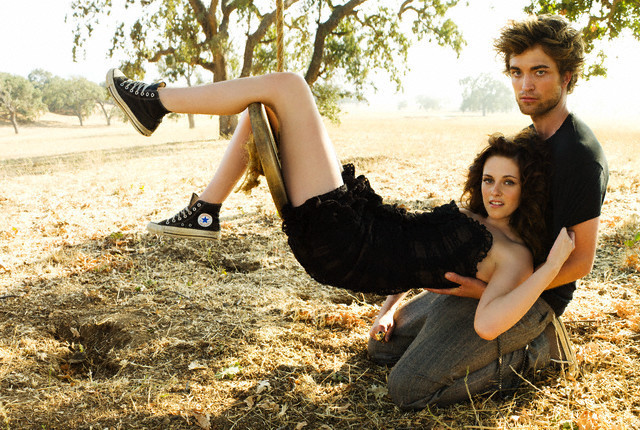 robert pattinson kristen stewart vanity fair. Robert Pattinson and Kristen
