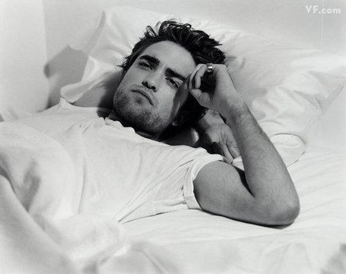 Robert Pattinson's VF Photoshoot!
