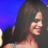 Selena-Gomez-selena-gomez-8969765-100-100