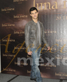 Taylor Press Conference Mexico Nov 3 - twilight-series photo