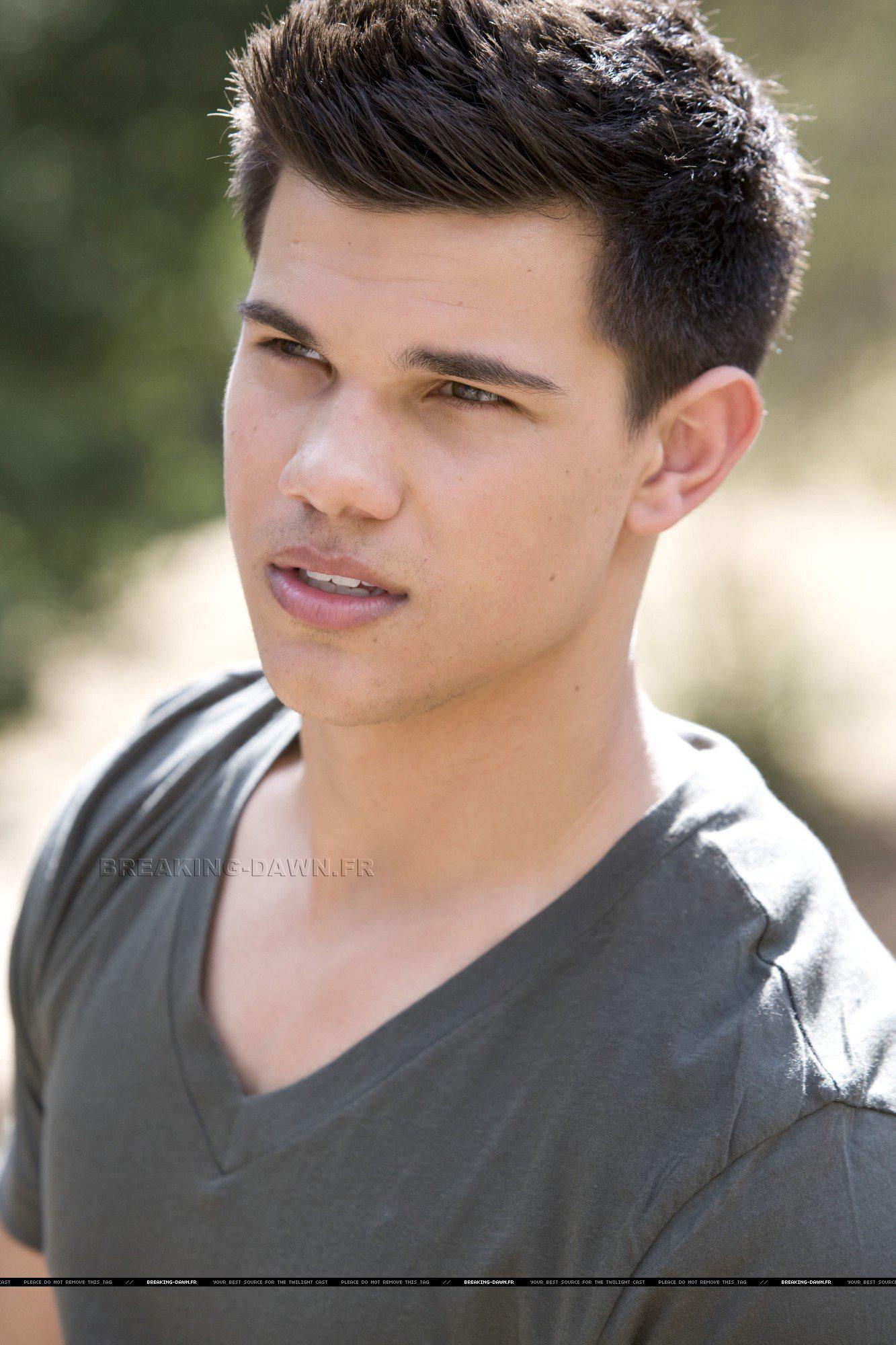 Taylor - Hot Guys Photo (8912683) - Fanpop Taylor Lautner