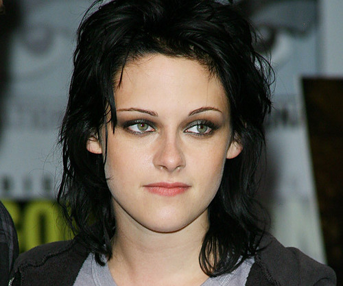 Kristen stewart joan jett haircut