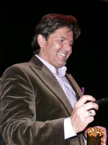 Modern Talking Hintergrund probably with a business suit entitled Thomas Anders