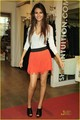 Victoria Justice is bombardier veste Beautiful