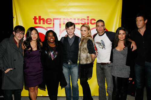 my glee season 4 poster - Glee Photo (33635971) - Fanpop