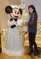 shannen-Disneyland Paris Magic Christmas Season Launch photocall