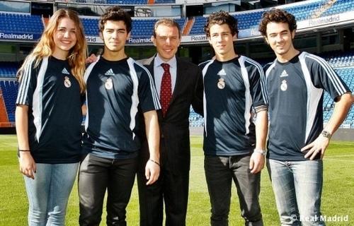 Santiago Bernabeu Stadium. 11.11.09