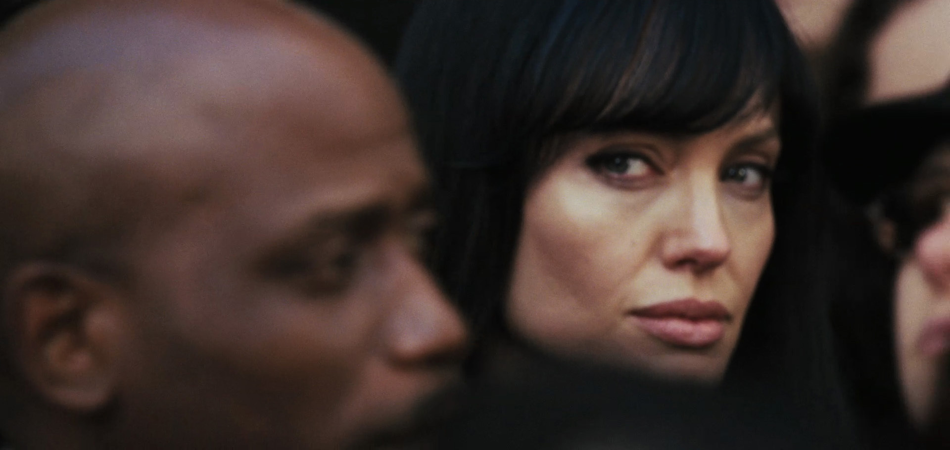 http://images2.fanpop.com/image/photos/9000000/Angelina-Jolie-Salt-trailer-angelina-jolie-9086640-1920-910.jpg
