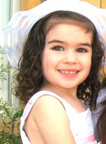 Beautiful little girl born to play Renesmee - her middle name is Renee!