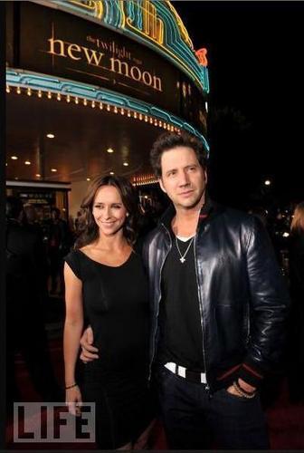 """Jen&Jamie @ """"NM"""" LA Premiere"""