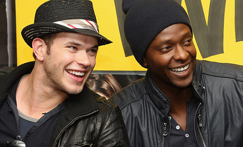 "Kellan Lutz And Edi Gathegi Meet ""Twilight"" fans In Sydney"