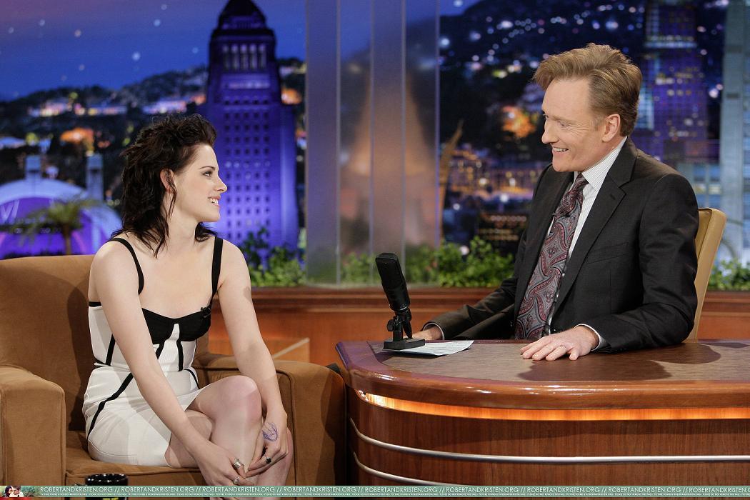 Kristen on Conan live دکھائیں
