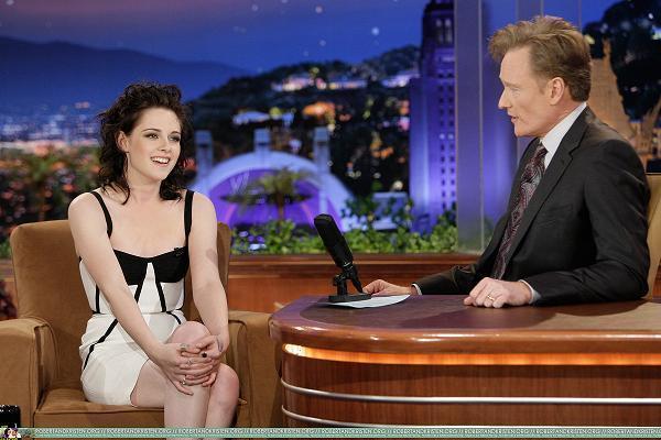 Kristen on Conan live Zeigen