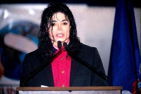 MJ This Pic Makes Me Sad