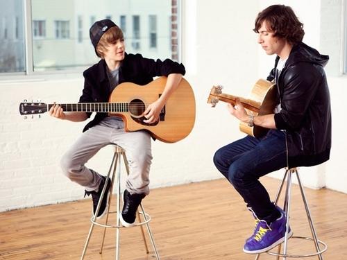 MTV Featured Artist: Justin Bieber