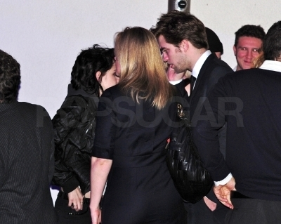 kristen stewart and robert pattinson new moon premiere. New Moon LA Premiere After