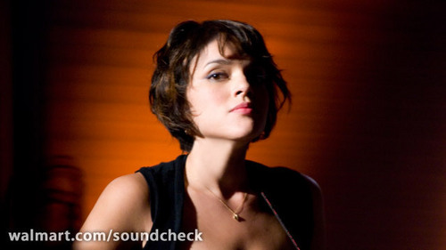 Norah Jones wallpaper with a portrait titled Norah Jones @WMSoundcheck