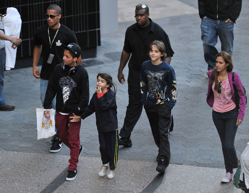 Omer, Blanket and Prince
