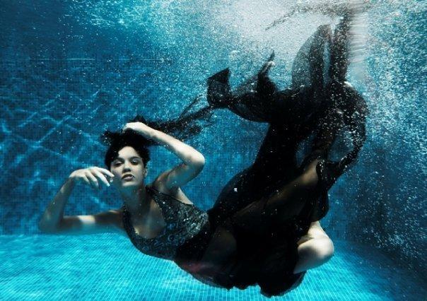 Photo shoot in the water greece 39 s next top model photo 9011129 fanpop - Water kamer model ...