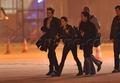Rob and Kristen caught holding hands  - twilight-series photo