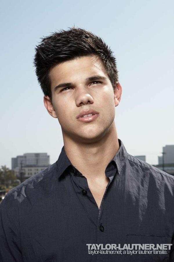 Taylor Lautner Covers 'Men's Health' December 2009