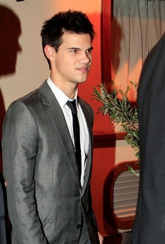 Taylor Lautner Dine in Madrid