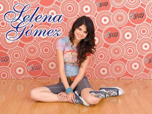 selena beautiful