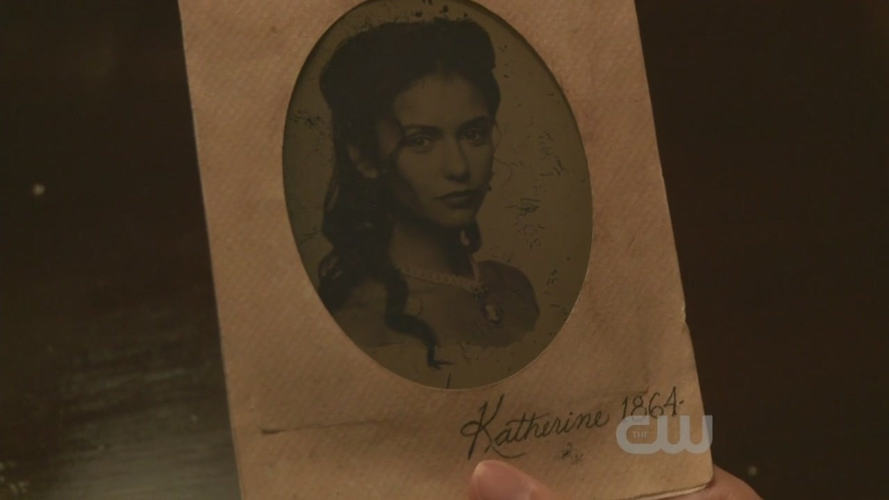 http://images2.fanpop.com/image/photos/9100000/1x10-The-Turning-Point-the-vampire-diaries-tv-show-9123503-1280-720.jpg