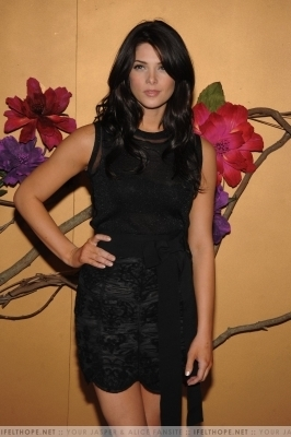 Ashley Greene @ Tim 伯顿 event
