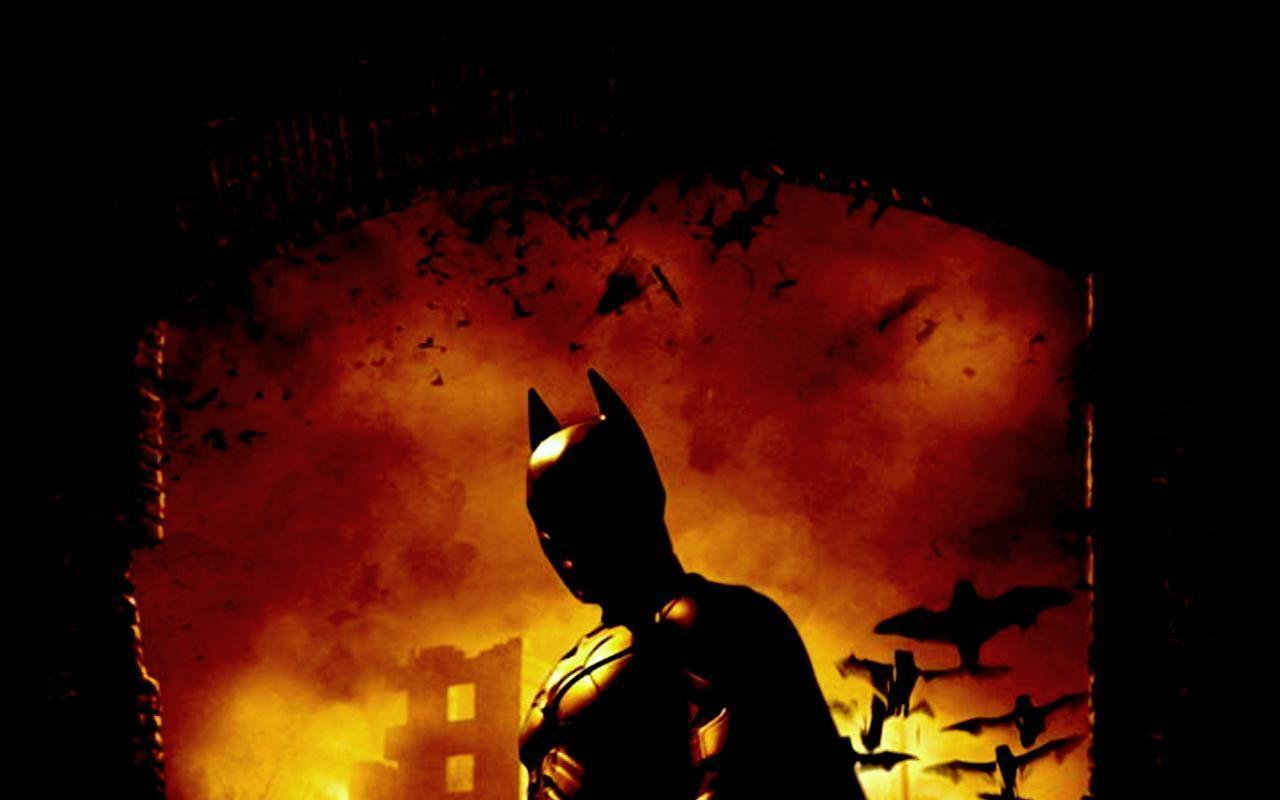 バットマン背後が燃える壁紙