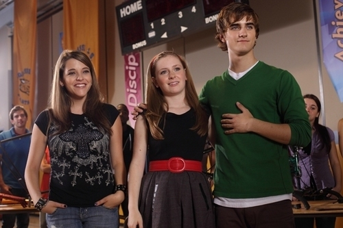 Degrassi Promo Pics: Holiday Road and Start Me Up