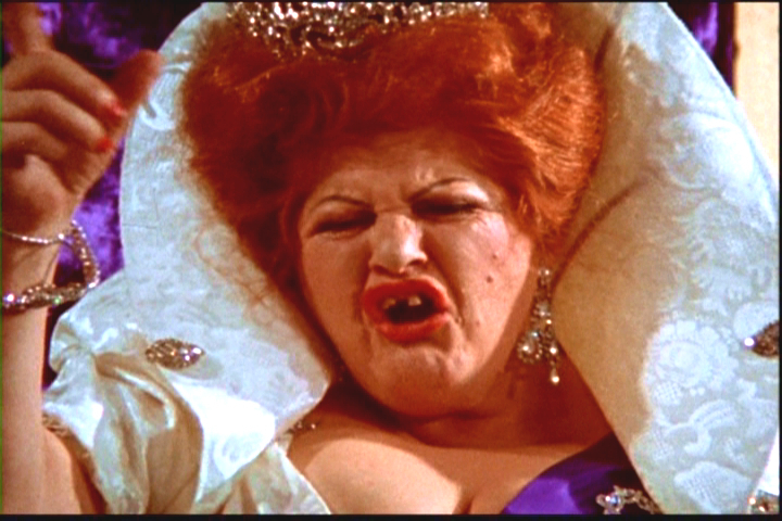 Edith-Massey-as-Queen-Carlotta-dreamland