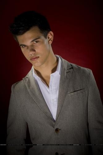 HQ Taylor Lautner Photoshoot