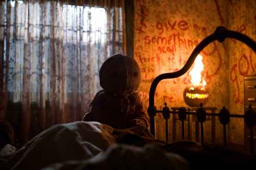 films d'horreur fond d'écran containing a living room called Horro Movie Wishlist-Trick 'R Treat
