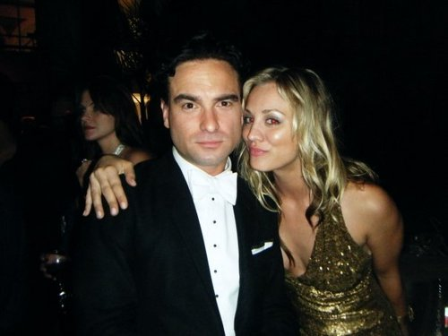 Kaley Cuoco and Johnny Galecki - leonard-penny Photo