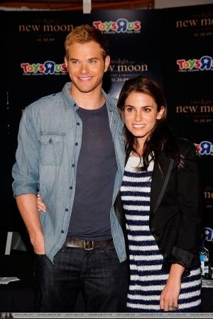 Kellan & Nikki at Toys 'R' Us Times Square (November 19).