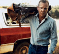Kiefer Sutherland - kiefer-sutherland photo