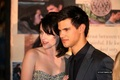 Kristen and Taylor at Knoxville premiere - twilight-series photo