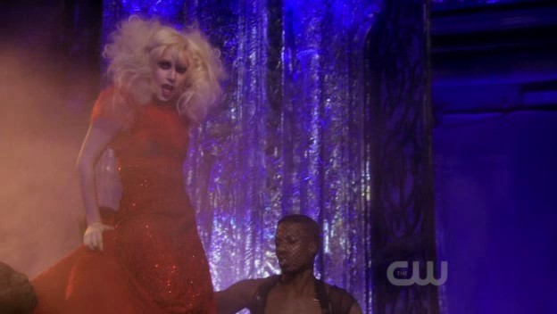 Lady GaGa on Gossip Girl (3x10)