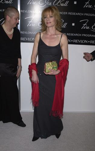 Marg @ feu & Ice Ball [November 12, 2000]