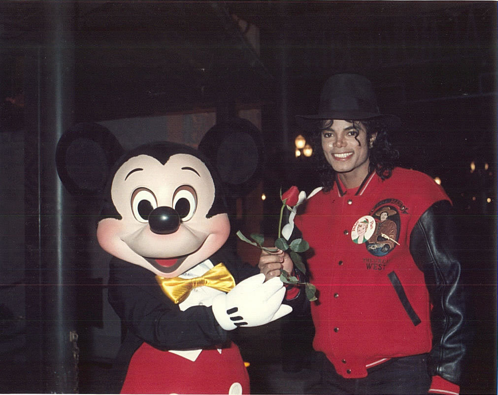 Mike n Mickey - michael-jackson photo