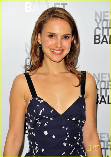 Natalie Portman is Ballet Beautiful