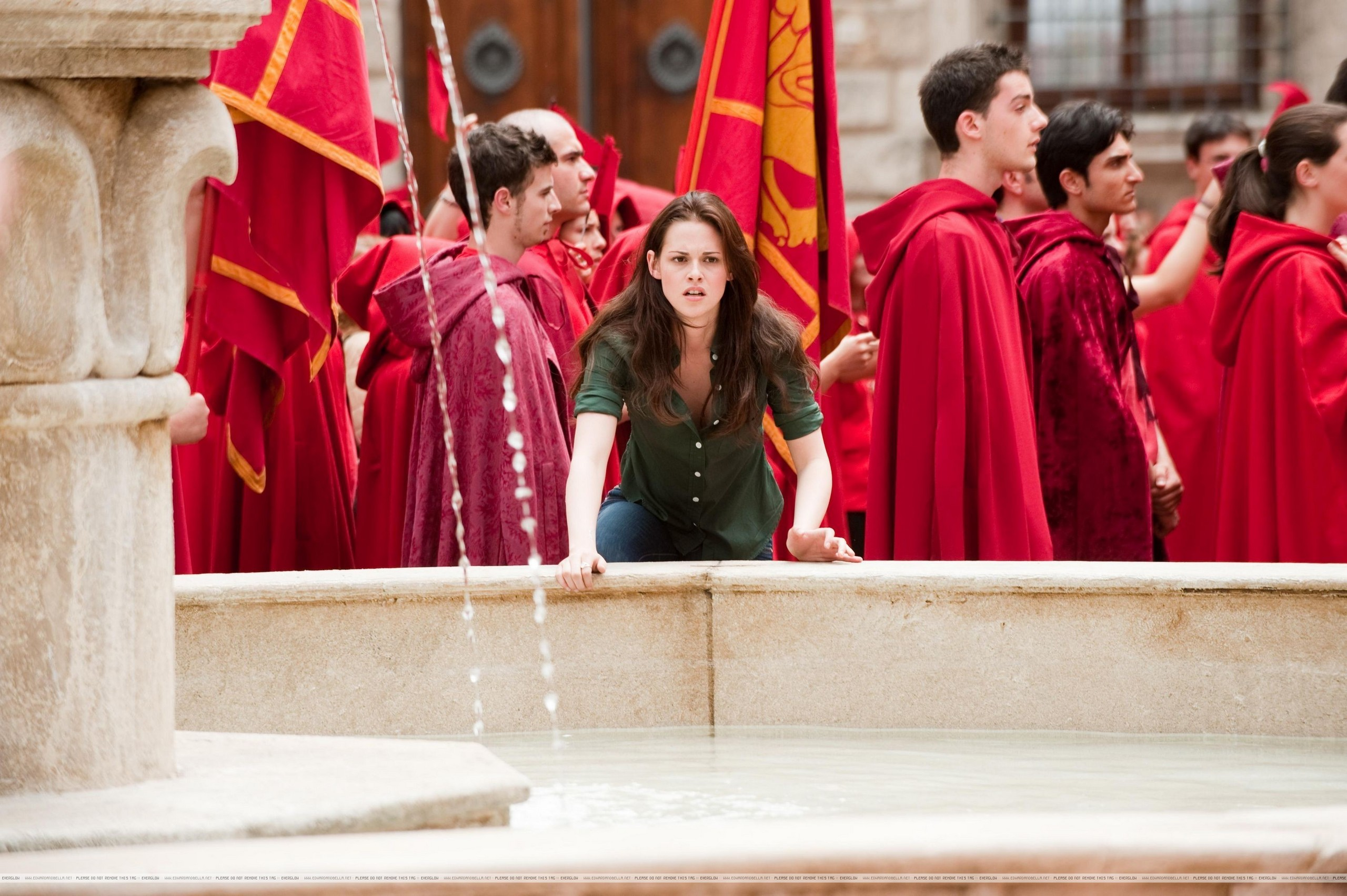 New Moon: Promotional Stills