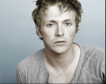 http://images2.fanpop.com/image/photos/9100000/Photos-from-Charlie-s-site-charlie-bewley-9151557-360-286.jpg